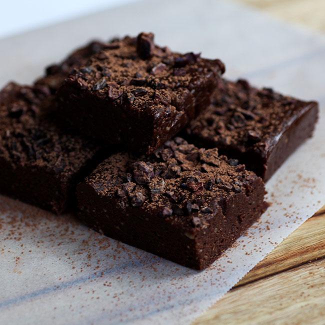 Шоколадные пирожные Брауни с помадкой